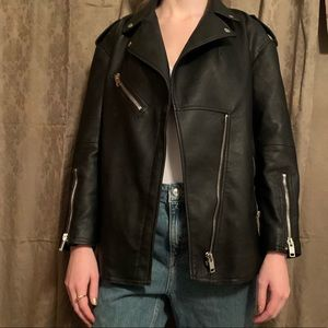 - ZARA - Oversized Leather Jacket -